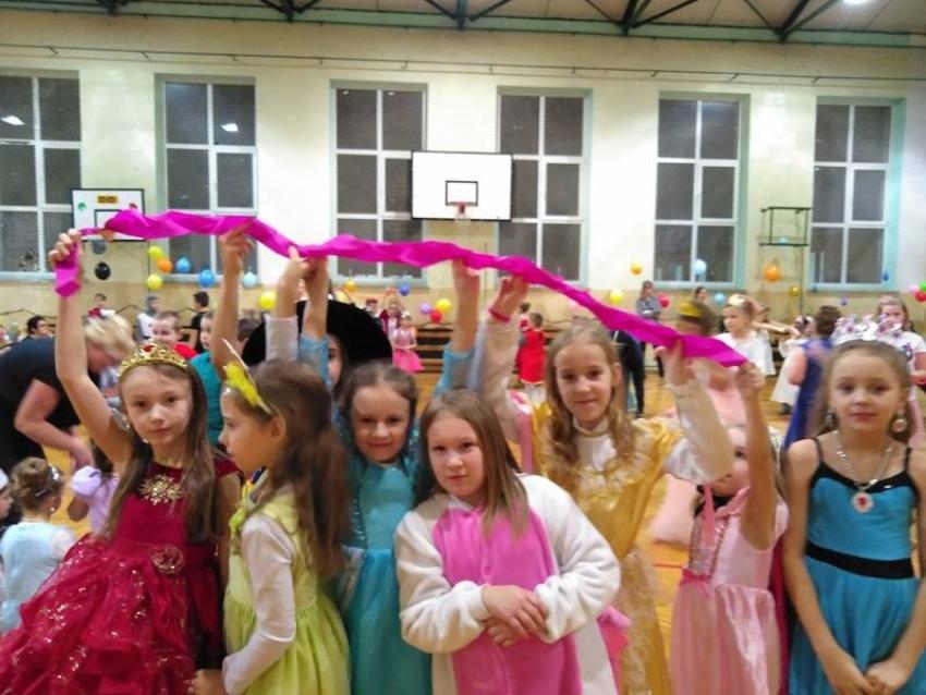 Rycerze i księżniczki, czyli bal karnawałowy w klasach 1-3